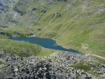 Lac du Lou et une partie de son vallon sauvage